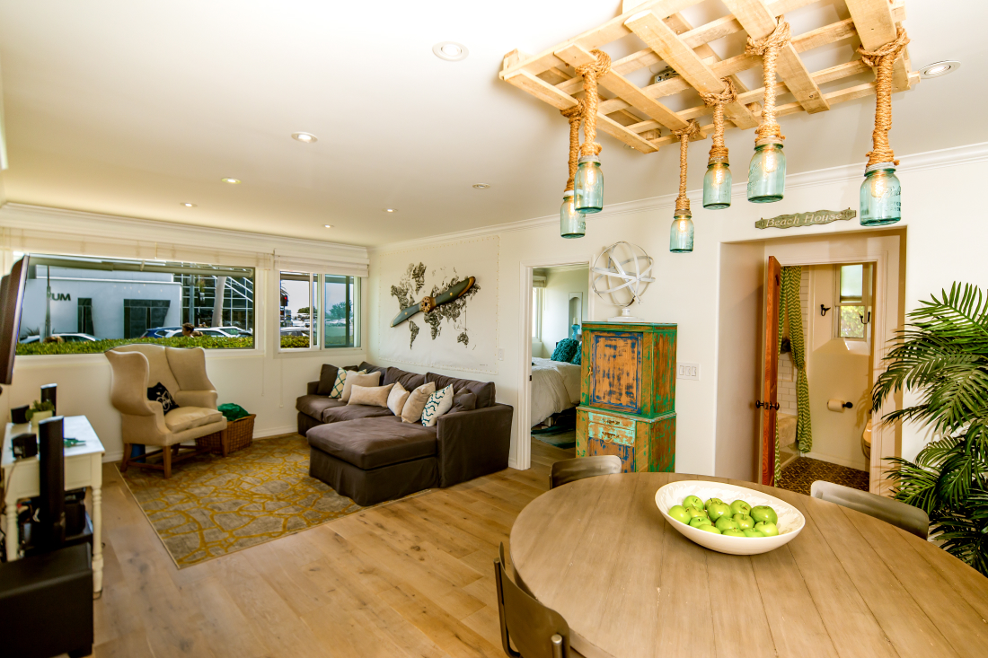 THIS LOVE NEST IN THE HEART OF LAGUNA - ...has your name on it949.922.8490