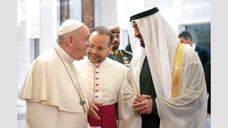 Papež Frančišek in kronski princ Abu Dhabija šejk Mohammed bin Zayed Al-Nahyan  (foto: Antonio Spadaro)