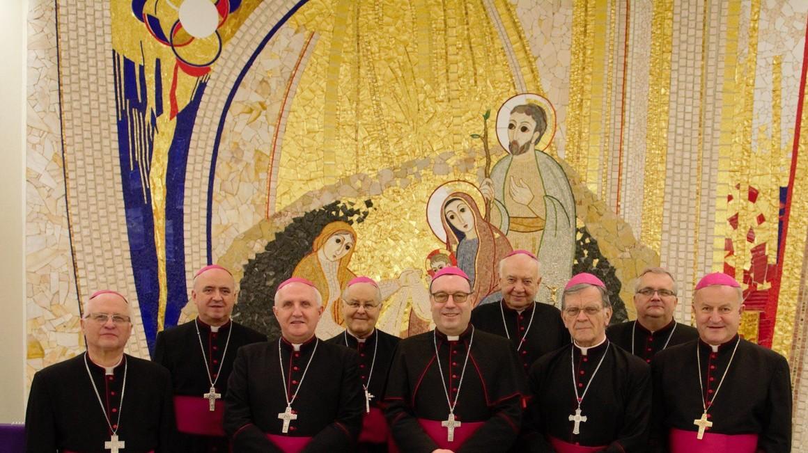 Slovenski škofje (foto: katoliska-cerkev.si)