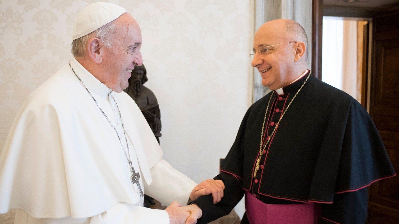Nuncij Speich pri papežu Frančišku (foto: Vatican News)