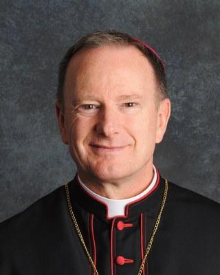 Škof Michael C. Barber, DJ (foto: škofija Oakland)