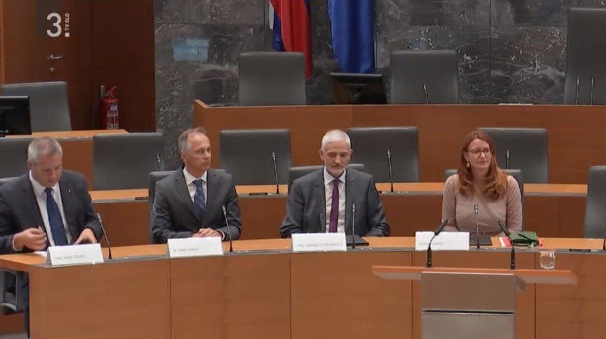 Predstavniki treh vej oblasti na okrogli mizi v Državnem zboru (foto: RTV SLO)