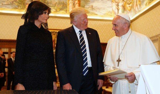 Predsednik ZDA, Donald Trump, s soprogo Melanio na avdienci pri papežu Frančišku v Vatikanskem mestu, 24. maj 2017 (Getty images)