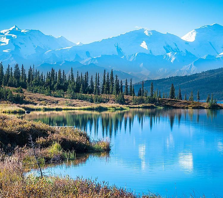wonder-lake-denali-national-park-mountains-background.jpg
