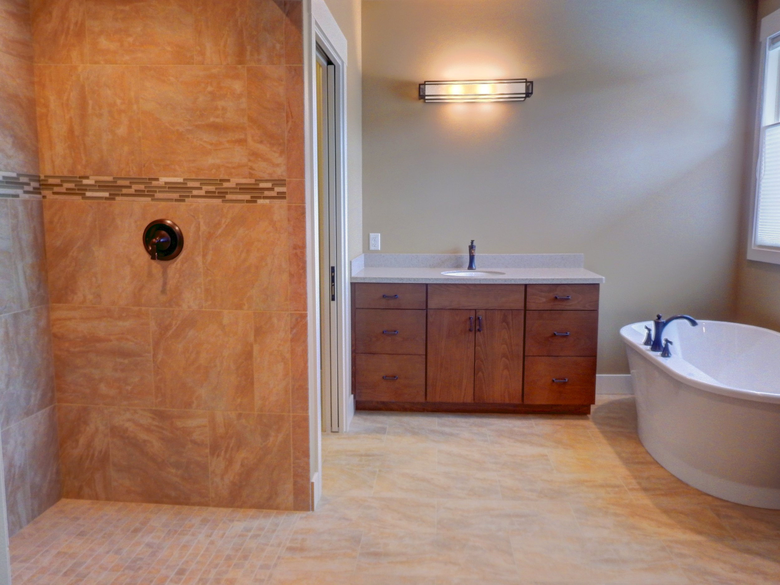 Master Bathroom 4.jpg