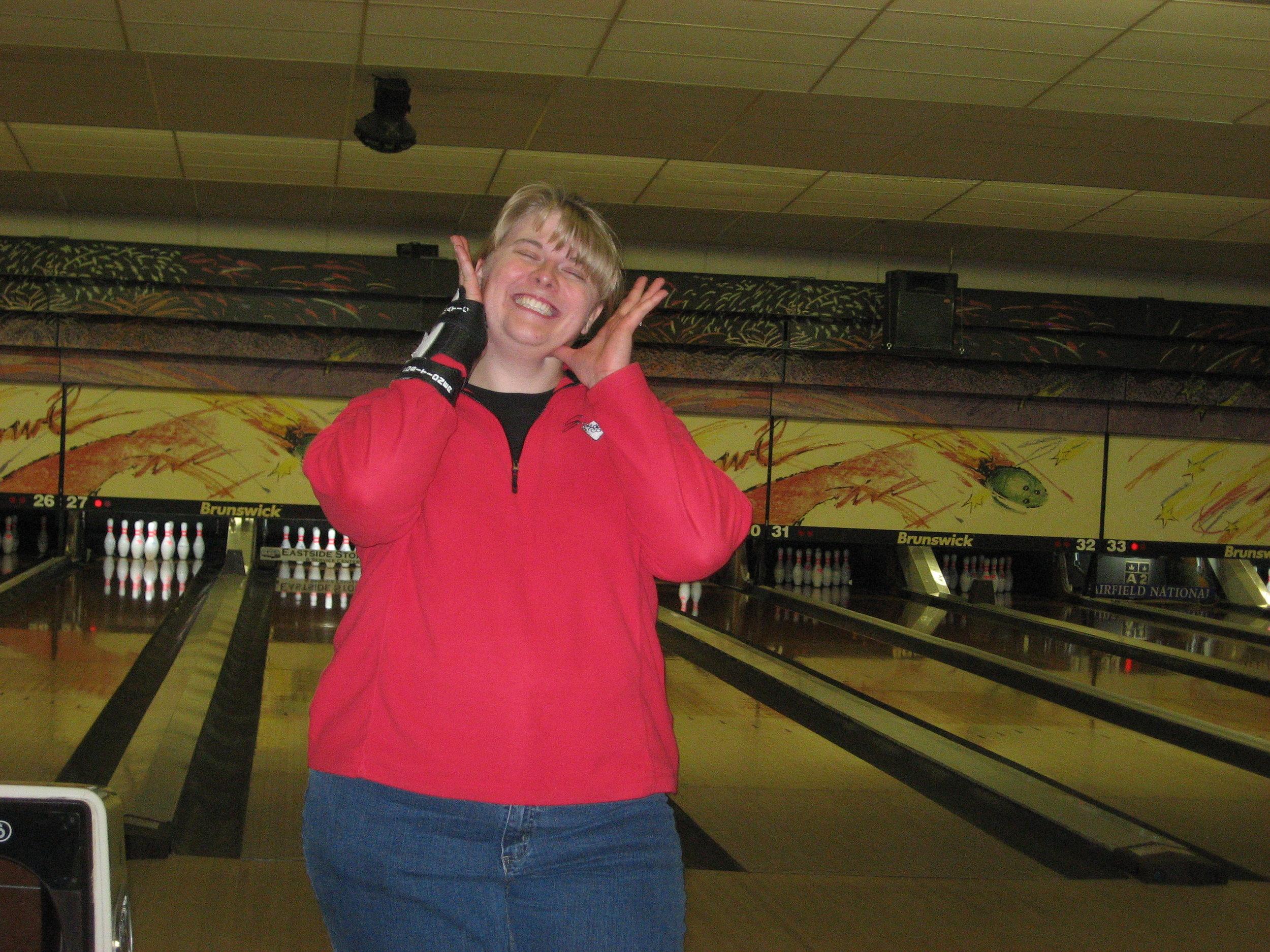 bowling2009steph.JPG