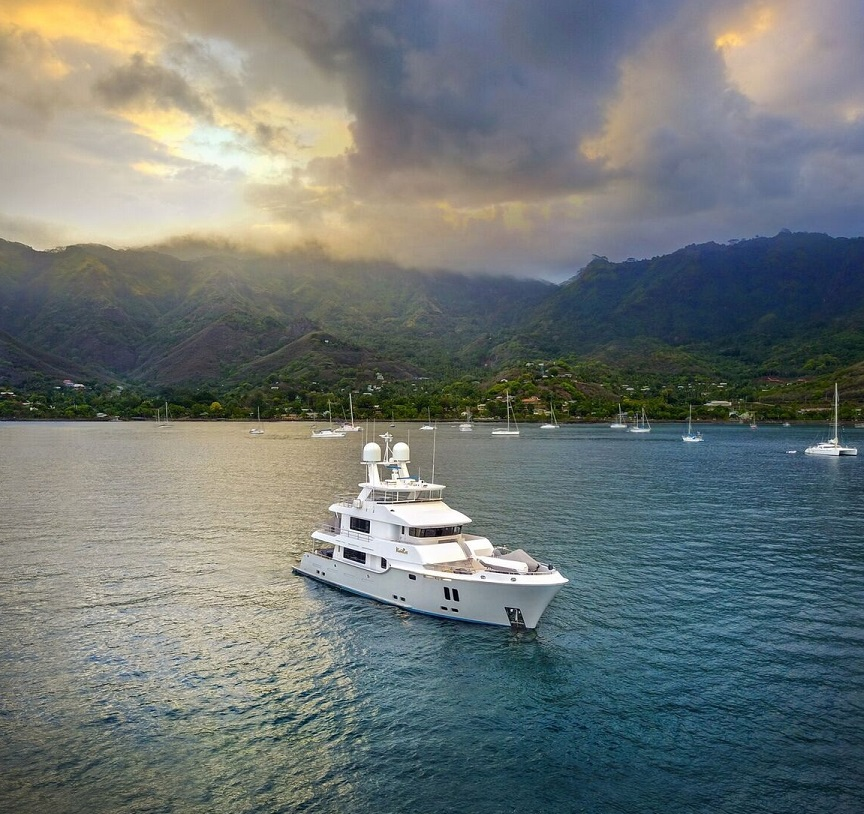 M/Y Vivierae II   Compact explorer yacht VivieRae II, Travel the world in luxury & style