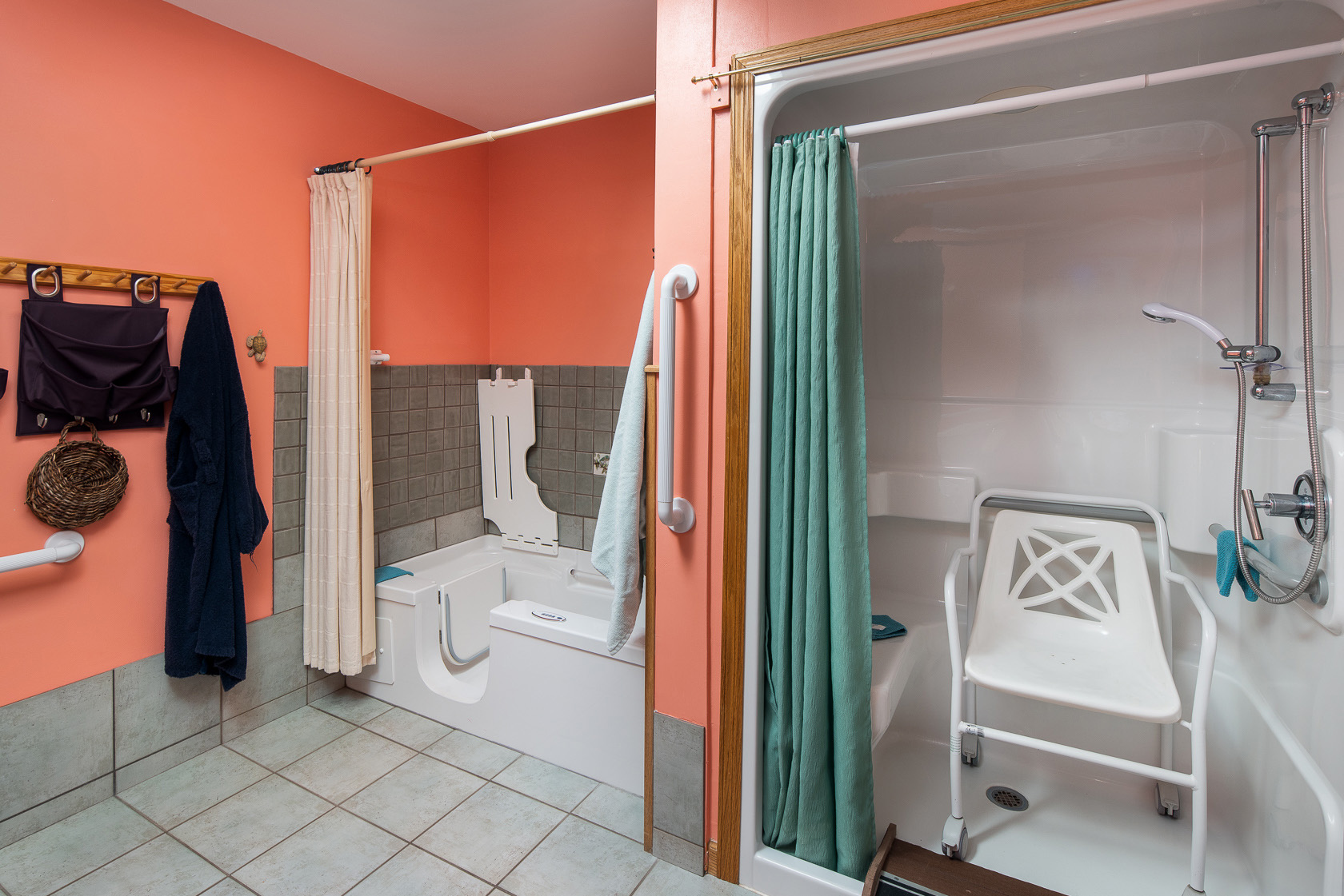 Coral Bath, Tub and Shower