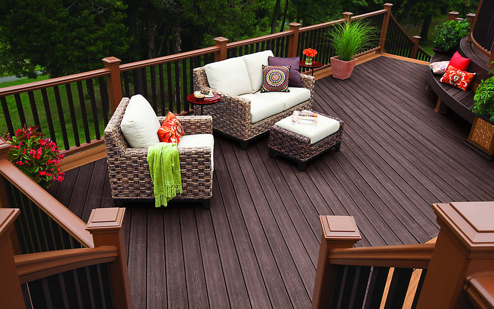 Trex Composite Decking with deck railing