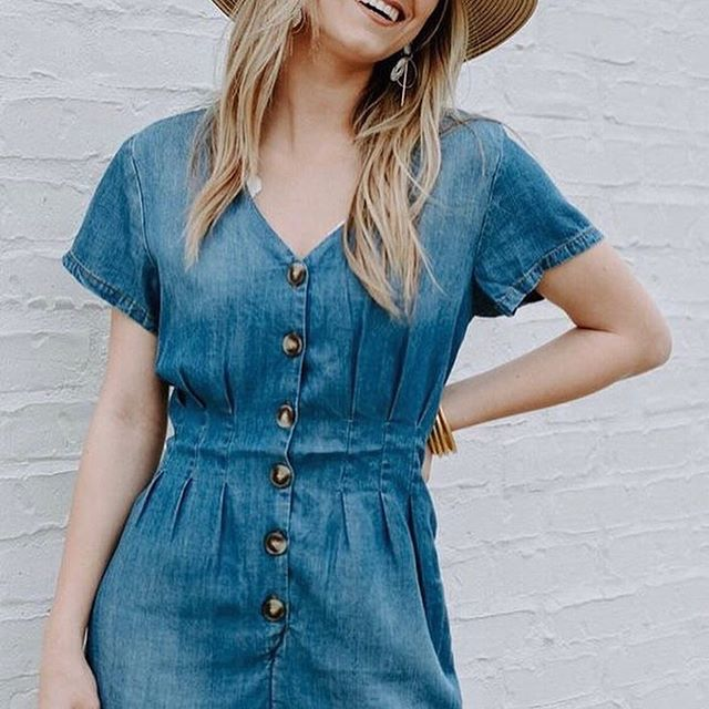 💕🍉 We basically live in this pleated detailed Romper- it's both lounge worthy and flattering! ✨(Now Available)✨💕 . . . . #edensokc #paseoartsdistrict #style #fashion #summer #denim #romper #streetstyle