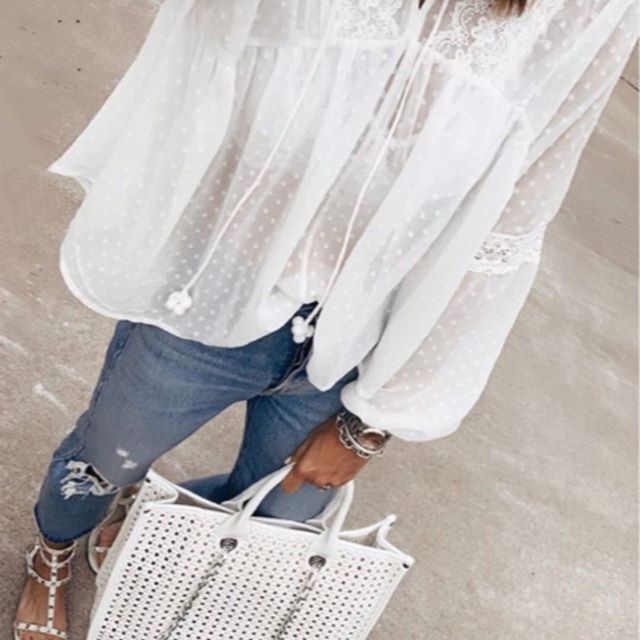 Perfect lil white blouse for Paseo Arts Festival this weekend ya'll☀️! . .  #paseoartsdistrict #paseoartsfestival #okcstyle #streetstyle