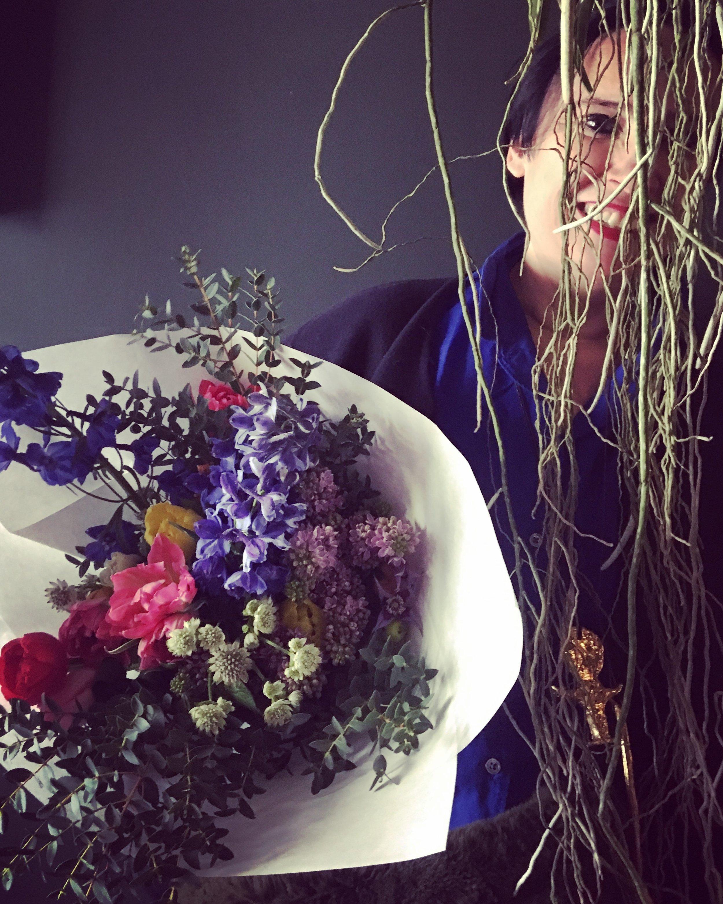 Happy customer & flowerslover @formeslibres . March 2019 - photo by Hortense T.