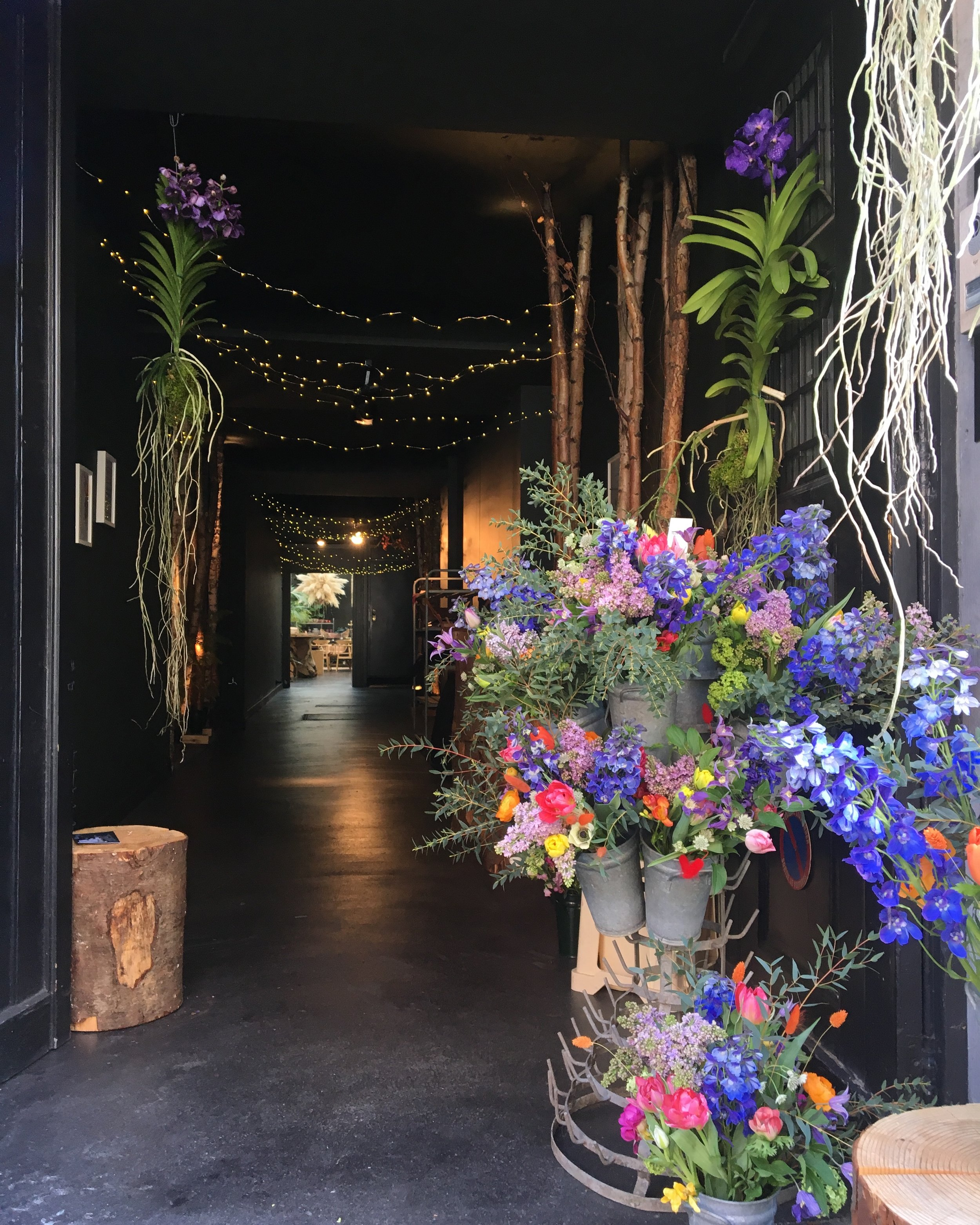 march | april | may 2019 flower pop up - by Horty poetry at la forêt de lucia | 156 rue franz merjay . 1050 brussels