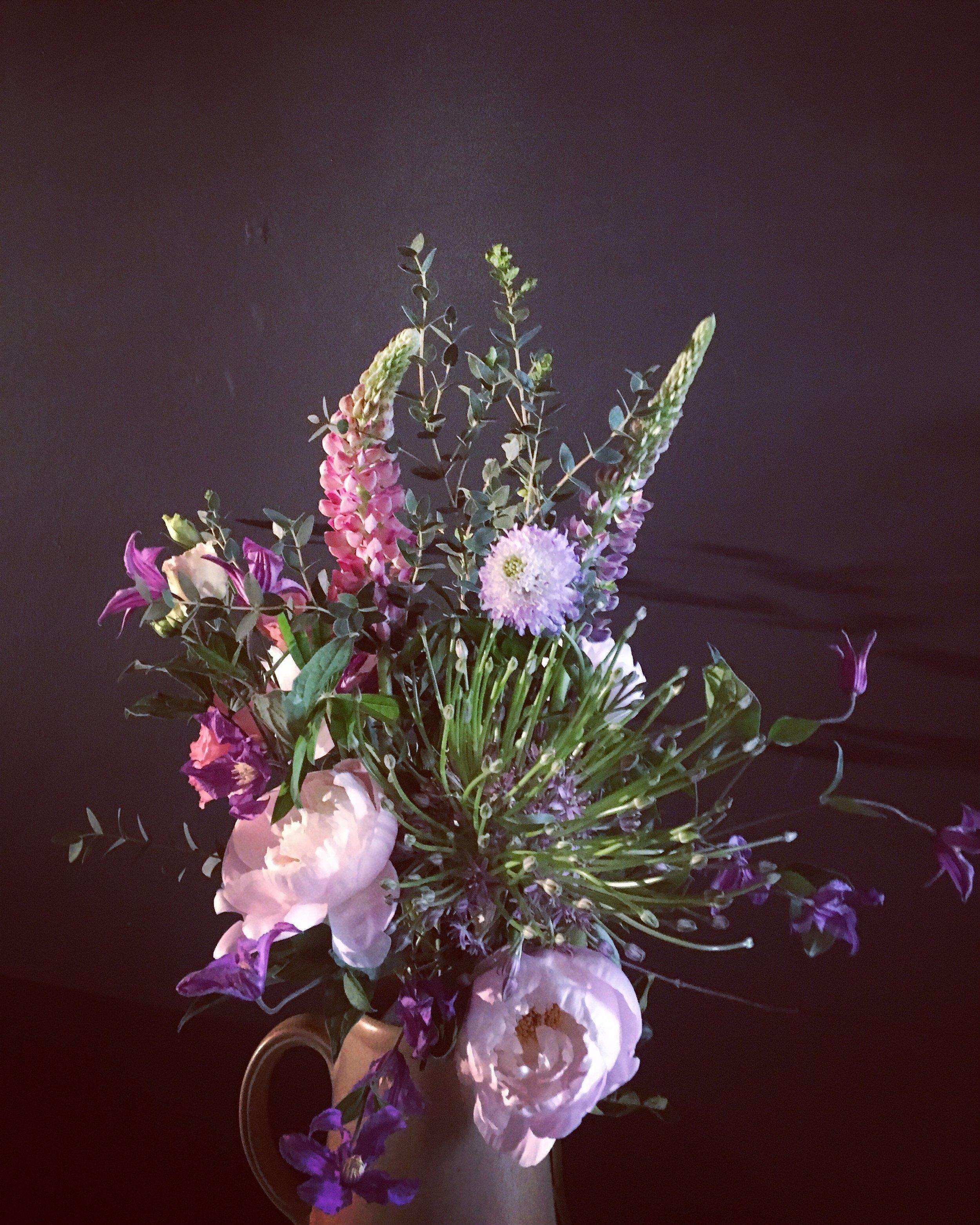 Bouquet by Horty Poetry - WEEK 21 - May 2019 - Le Poétique - Pivoines poudrées, Lupins, Scabieuses, Clématites, Alium Shubertti, Eucalyptus Parvifolia (…).