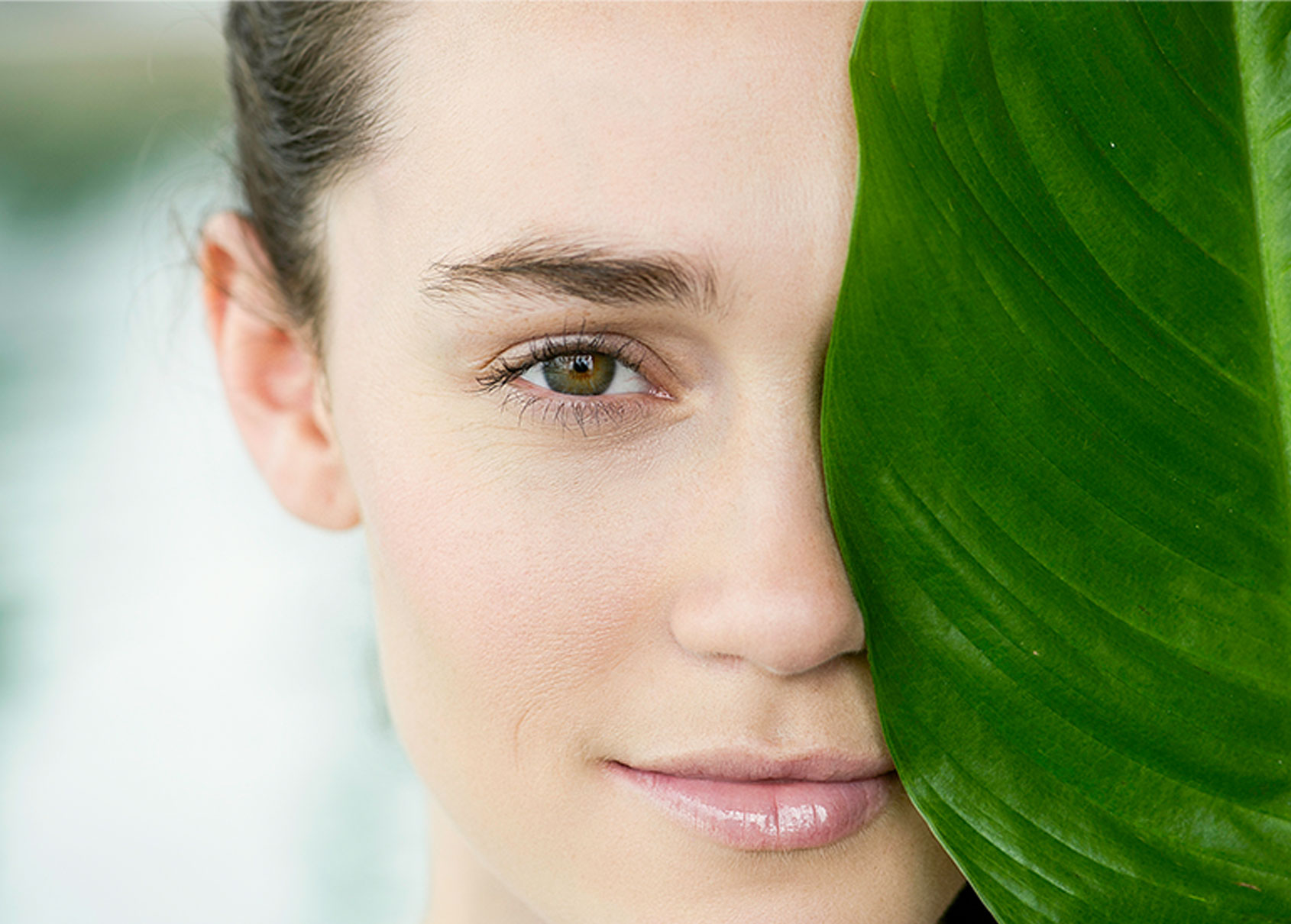 We understand and enhance your natural beauty - After extensive research by a UCLA molecular scientist, we are the first company in the market to analyze your skin profile at the molecular level and match you with our scientifically-proven active ingredients. All organic/eco-friendly ingredients come together to create a formula that is uniquely yours.