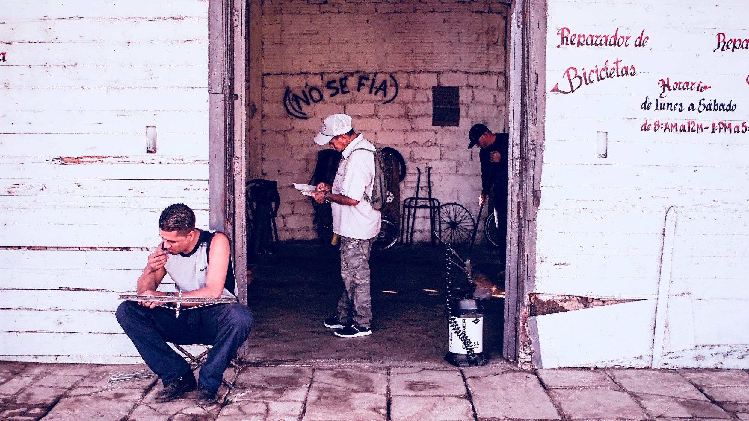 Consciously Connected Travel  -  Culturally Connected Experiences  - Travel and Wellness - My City Series | Amberly Alene Ellis - Cuban Photographer - Cuban Videographer- Photographer in Cuba - Photographer in Havana- Havana, Cuba