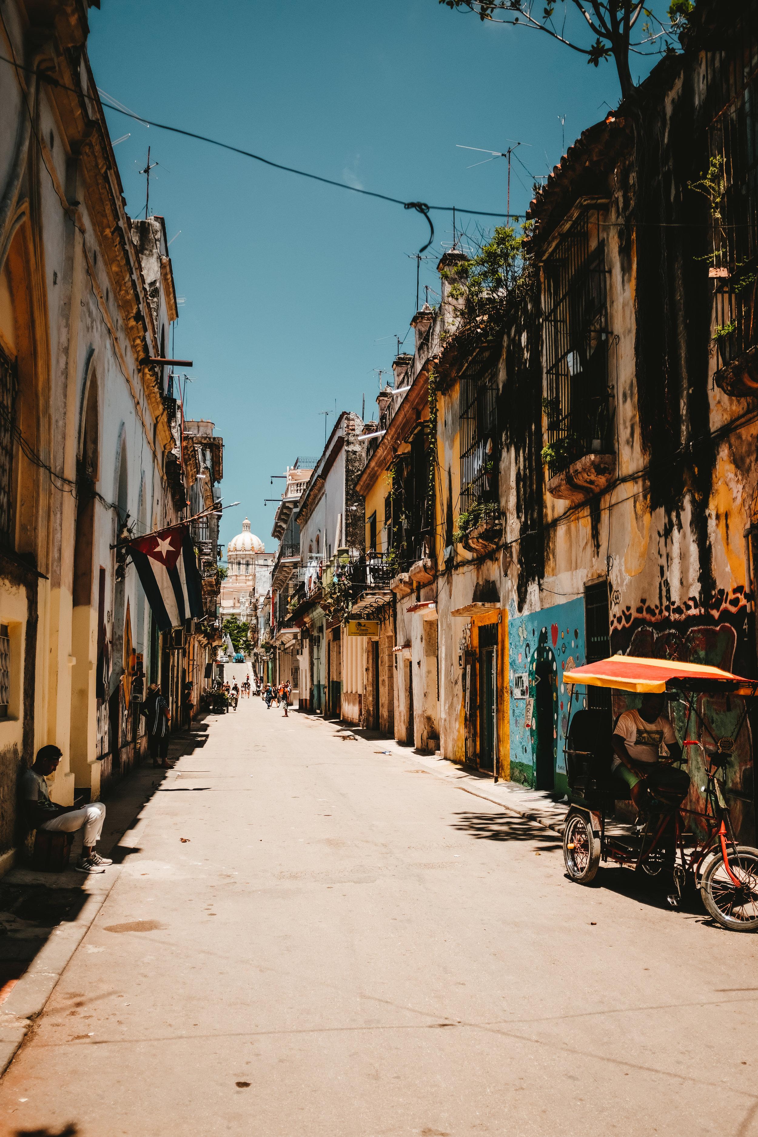 Consciously+Connected+Travel++-++Culturally+Connected+Experiences++-+Cultured+Connections+Experiences+-+Experience+|+Ernest+Hemingway+in+Havana+-+El+Floridita+-+Havana,+Cuba-4.jpeg