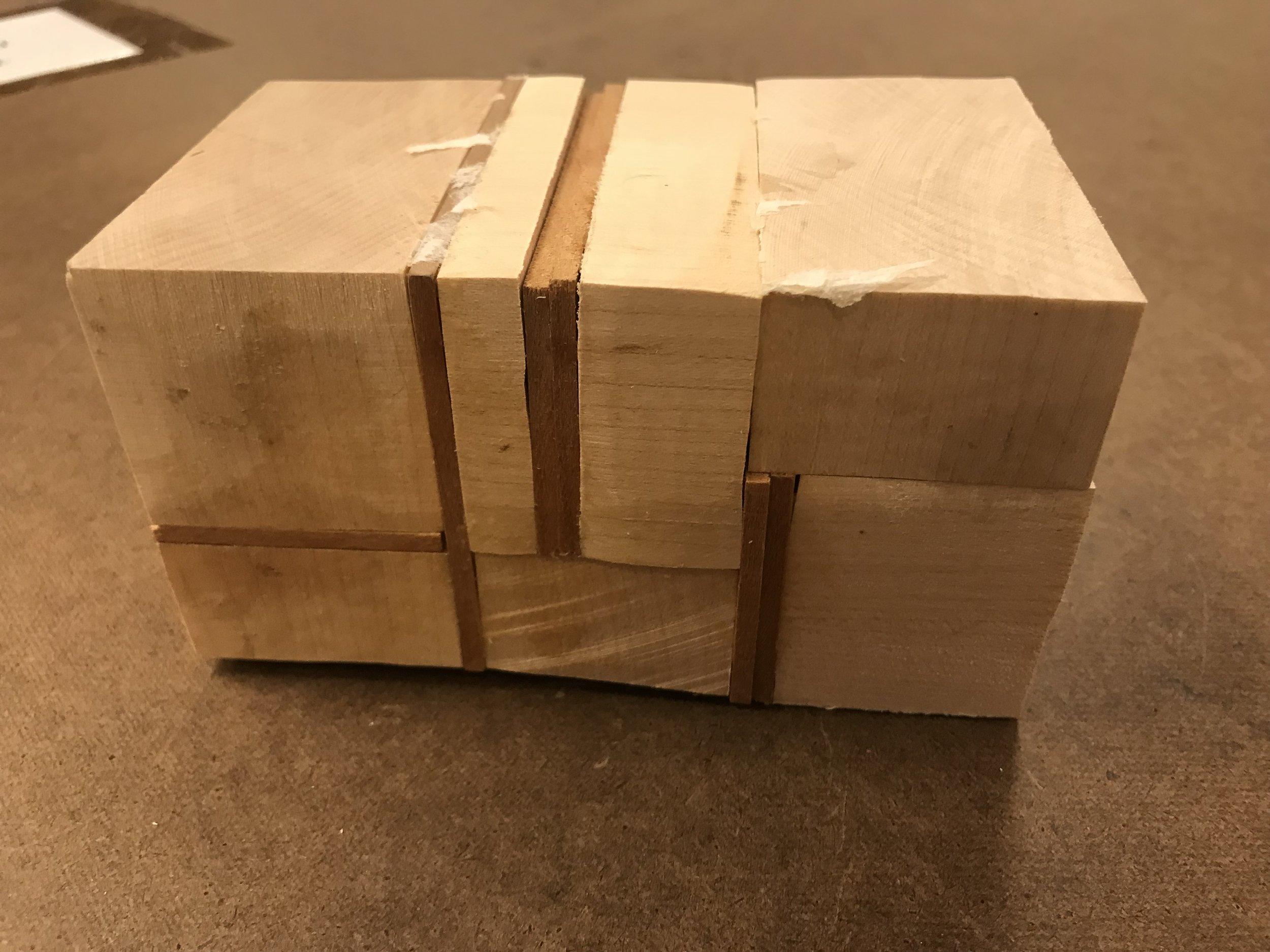 Figure 6 : Glue block