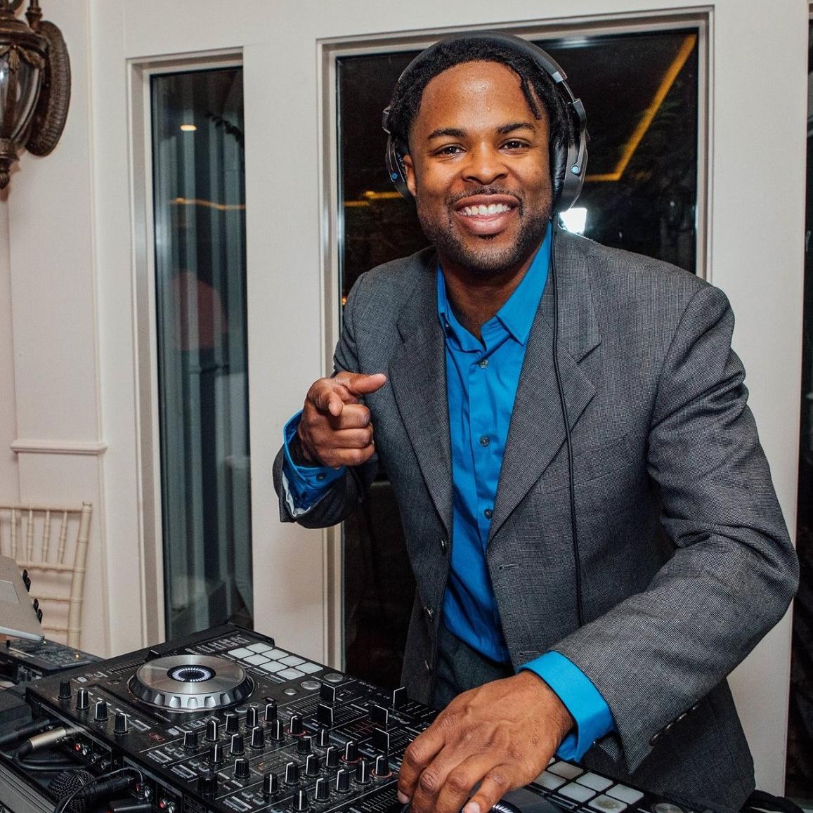 DJ LADARIUS