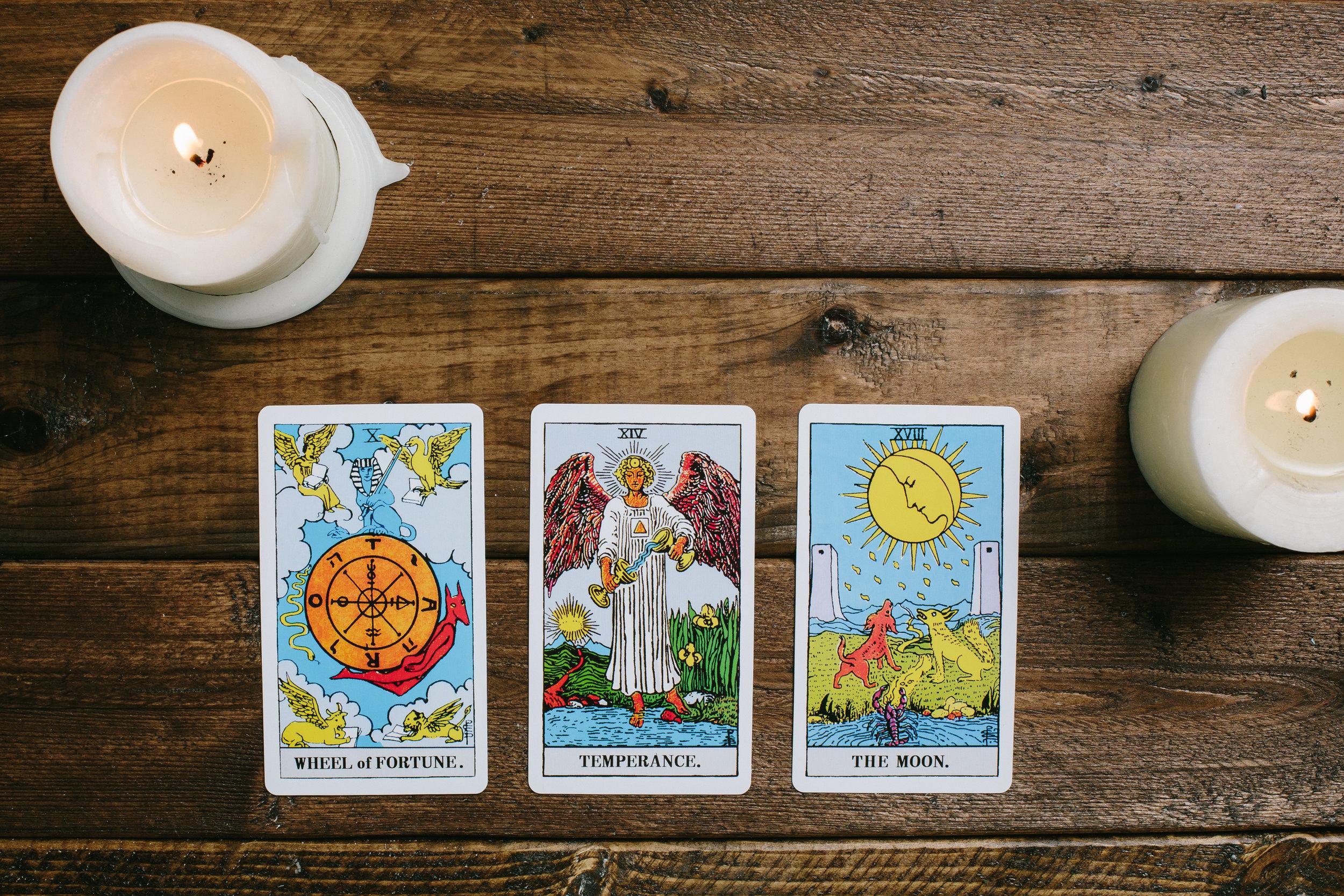 Caitlin Hefner's Card Spreads
