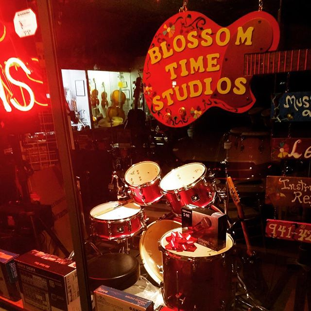 Blossom Time Studios: Music & More #northport #musicstore #music #instruments #guitar #florida #portcharlotte #localbusiness