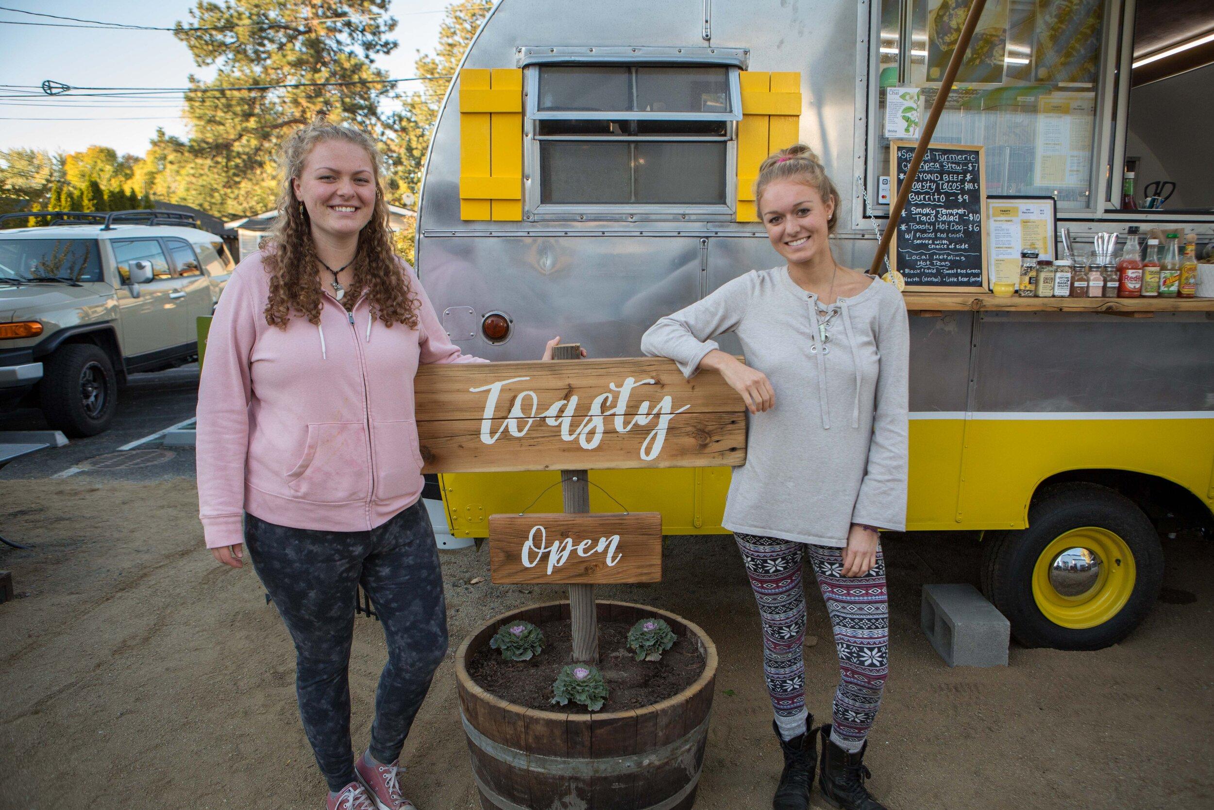 Toasty - Food Cart - The Podski