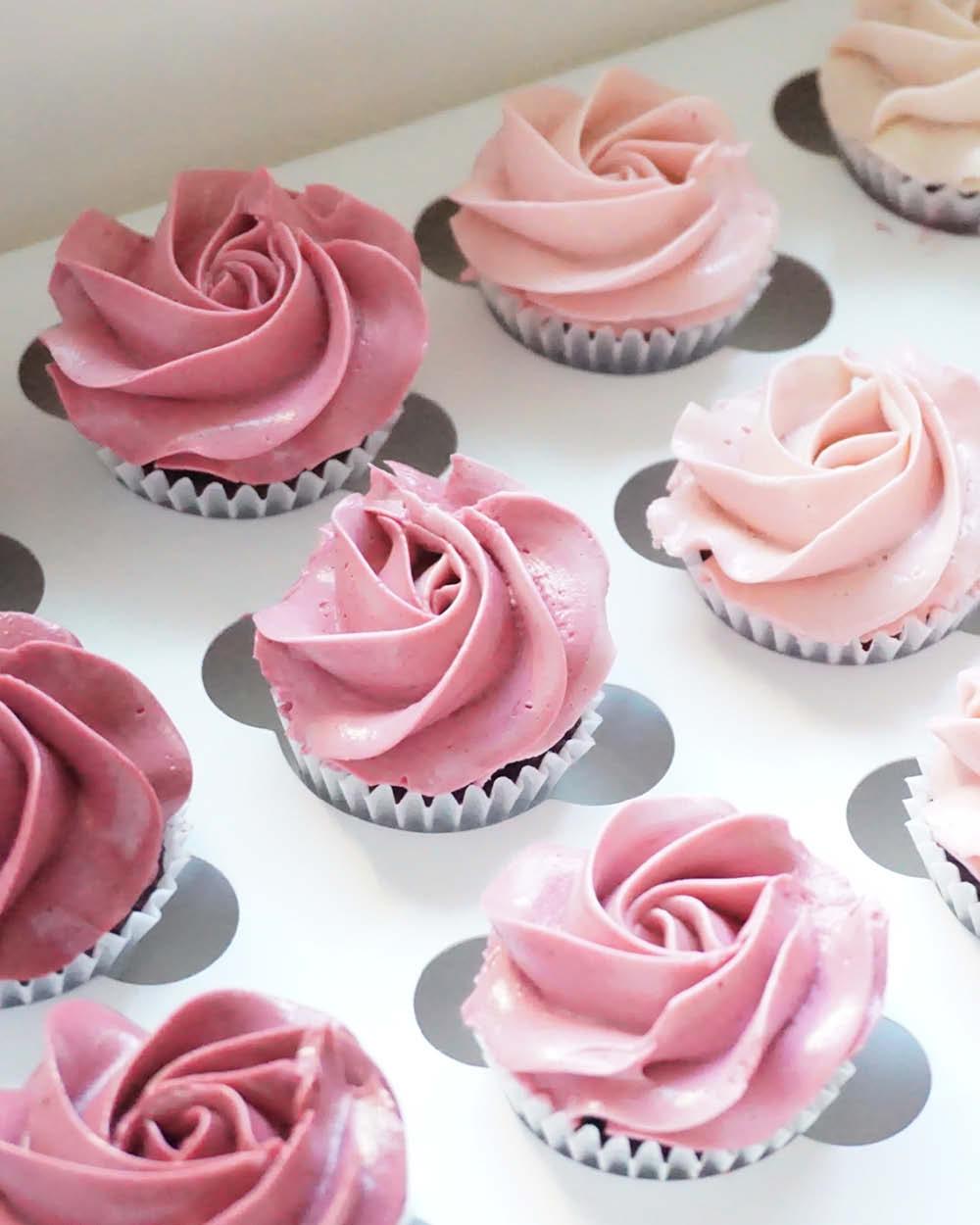 Cakes_By_Aranee_Perth_Drip_Cakes_Custom_Cakes_Wedding_Cakes_Macarons_Cupcakes_Personalised_Cookies_OTHER_DESSERTS_Gallery12.jpg