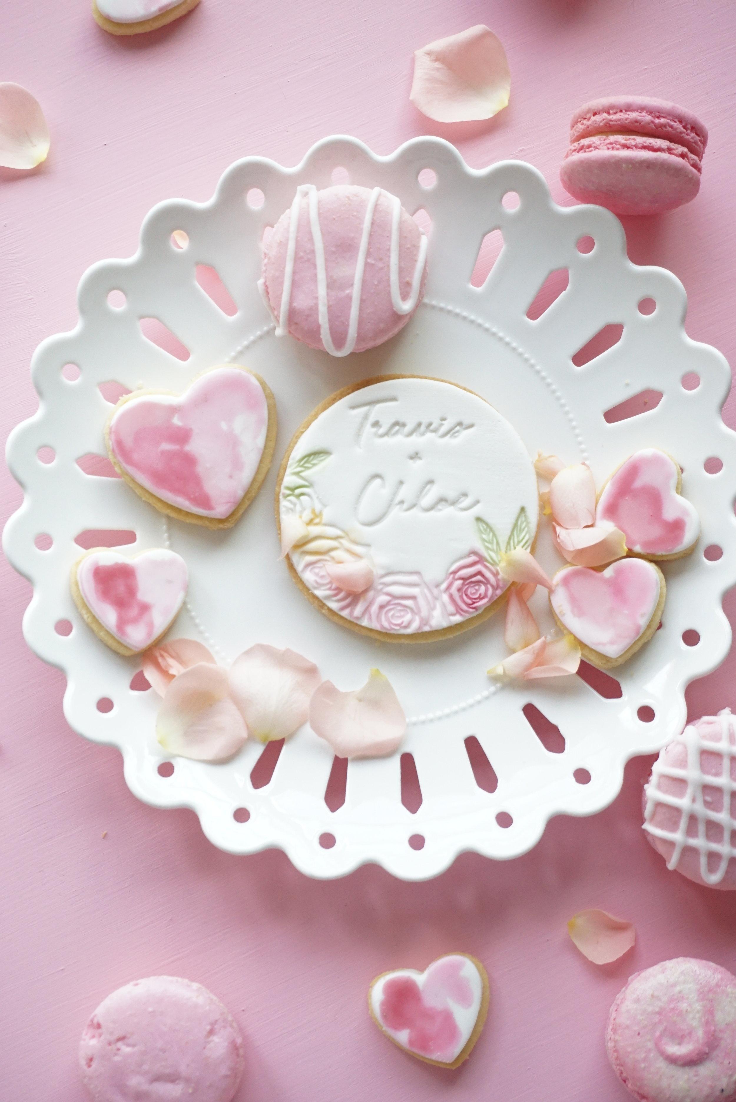 Cakes_By_Aranee_Perth_Drip_Cakes_Custom_Cakes_Wedding_Cakes_Macarons_Cupcakes_Personalised_Cookies_OTHER_DESSERTS_Gallery3.JPG