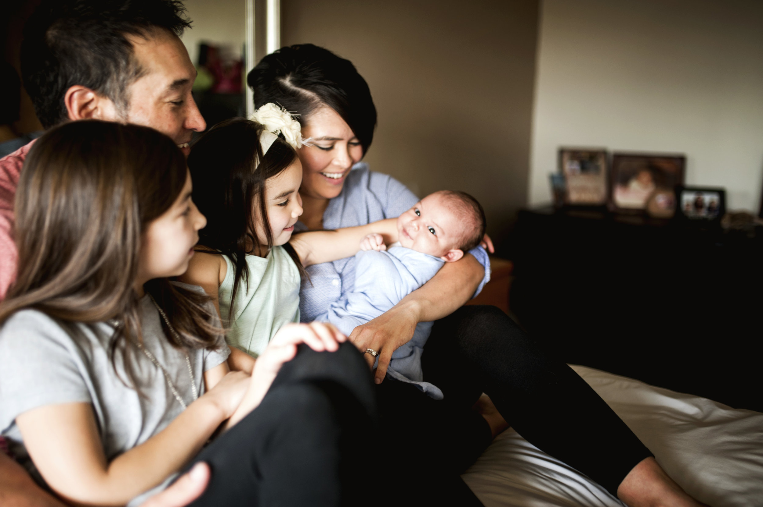 Lifestyle Newborn Photographer Seattle