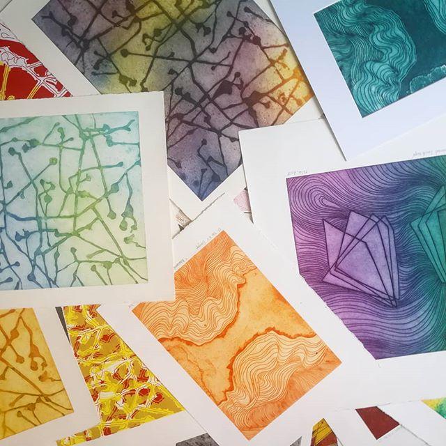 organizandolosplanetas! 💃  #printmaking #grabado #artproduction #deco #chile #abstract #colour #color #artresidency #design #chileanartist #astronomyart #freelance
