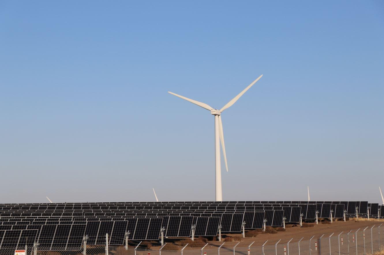 Wy'East Solar Project in Oregon.jpg