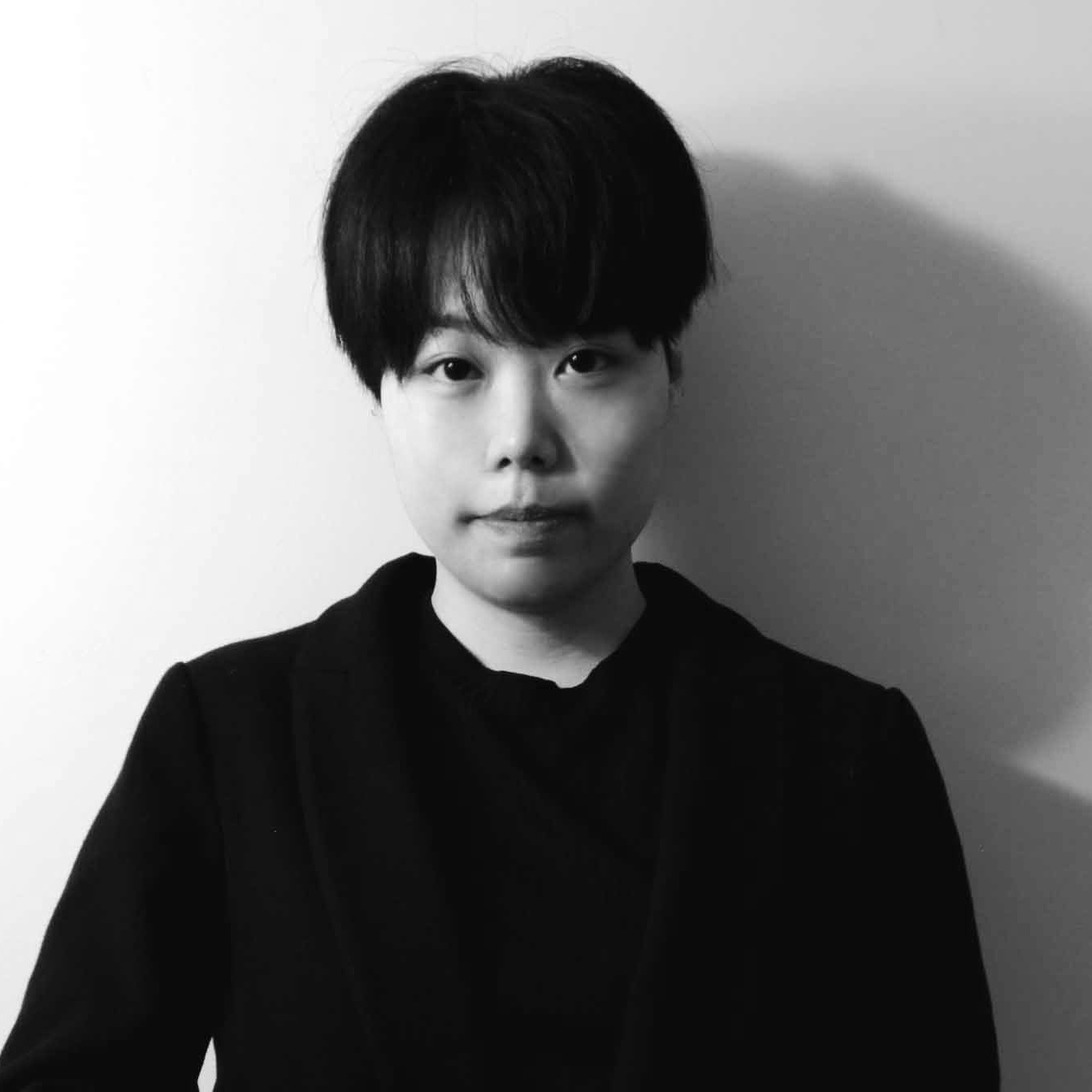 Kyla Chung  is a visual artist, born in Seoul, South Korea. She graduated from Ontario College of Art and Design University (OCAD University), receiving her BFA in Drawing and Painting in 2017. She was awarded the Frederick Hagan Passion in Paint Award at the OCAD Graduation Exhibition. Now she is based in Saint John, New Brunswick, and works both in oil and digital media, including animations.