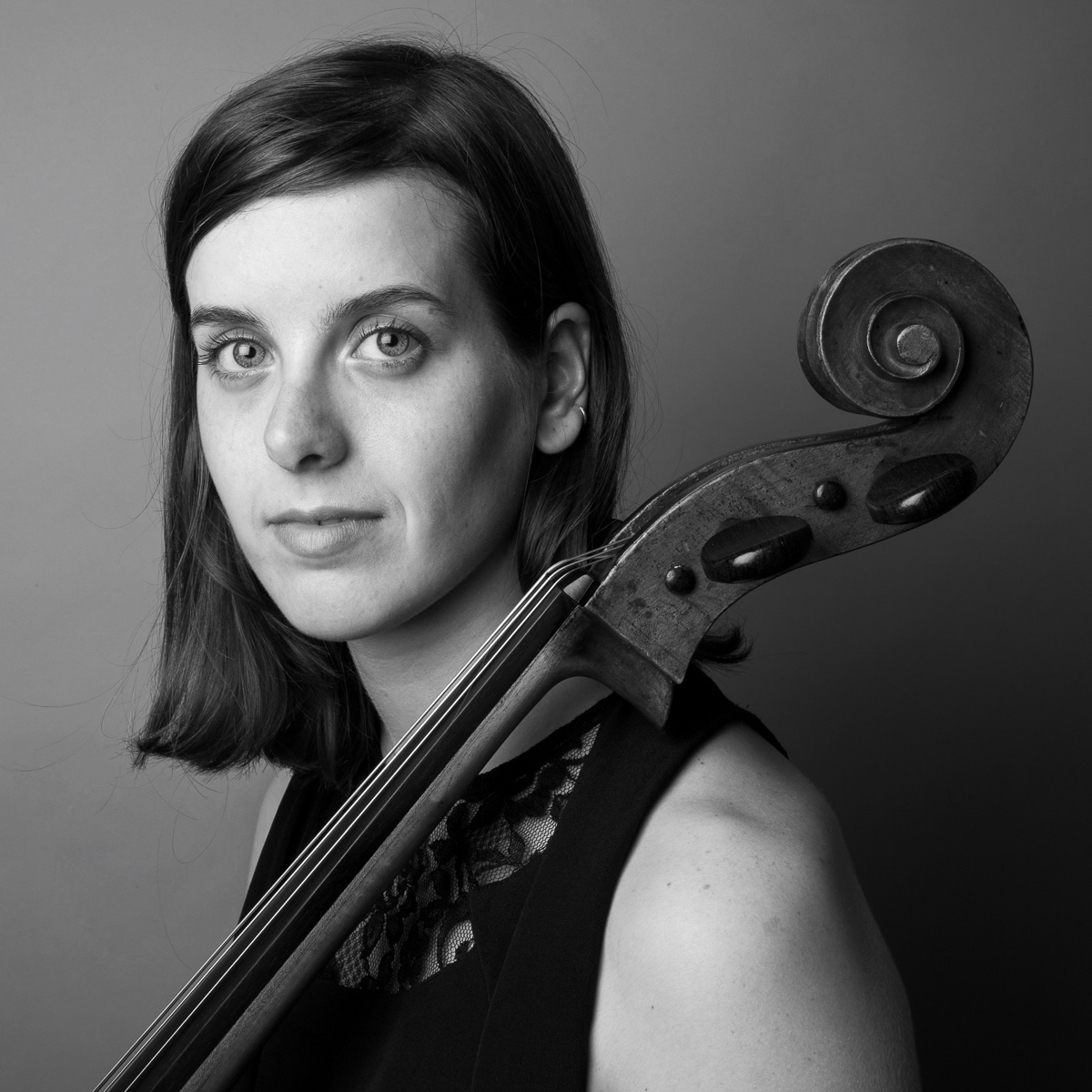 Emily Kennedy  is a cellist, improviser, composer and collaborator based in Fredericton, New Brunswick. She is a graduate of the performance program at the University of Ottawa and Wilfrid Laurier University. Passionate about new music, Emily recently took part in the Britten-Pears Composition, Alternative Performance and Performance Art program in Aldeburgh, UK, performs in electronic improv trio Terre Wa, and works with guitarist and improviser Joel LeBlanc. This past year, Emily was fortunate to be the Emerging Musician in Residence at the University of New Brunswick. She frequently performs with guitarist Steven Peacock, the Kalaya String Quartet, Pallmer, Property//, Symphony New Brunswick, and as a part of UNB's musicUNB Performance Series. Emily is active in genre-crossing projects, collaborating with poets, textile artists, and dancers. Emily teaches cello at Mount Allison University, and maintains a full private teaching studio in Fredericton.