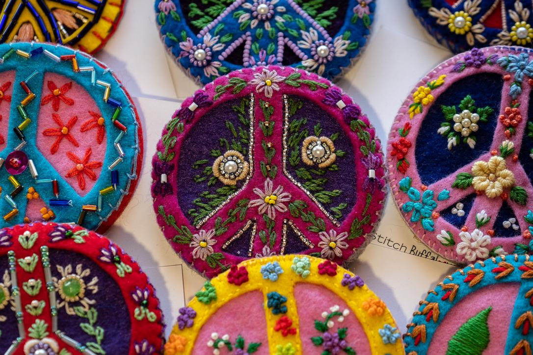 Peace pin II.jpg