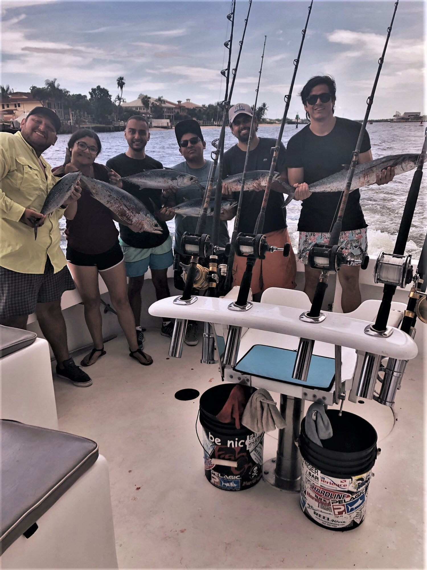 The Arcwerks team with their Best Boat prize-winning catch at AIA Ft. Lauderdale 2019 Fishing Tournament.