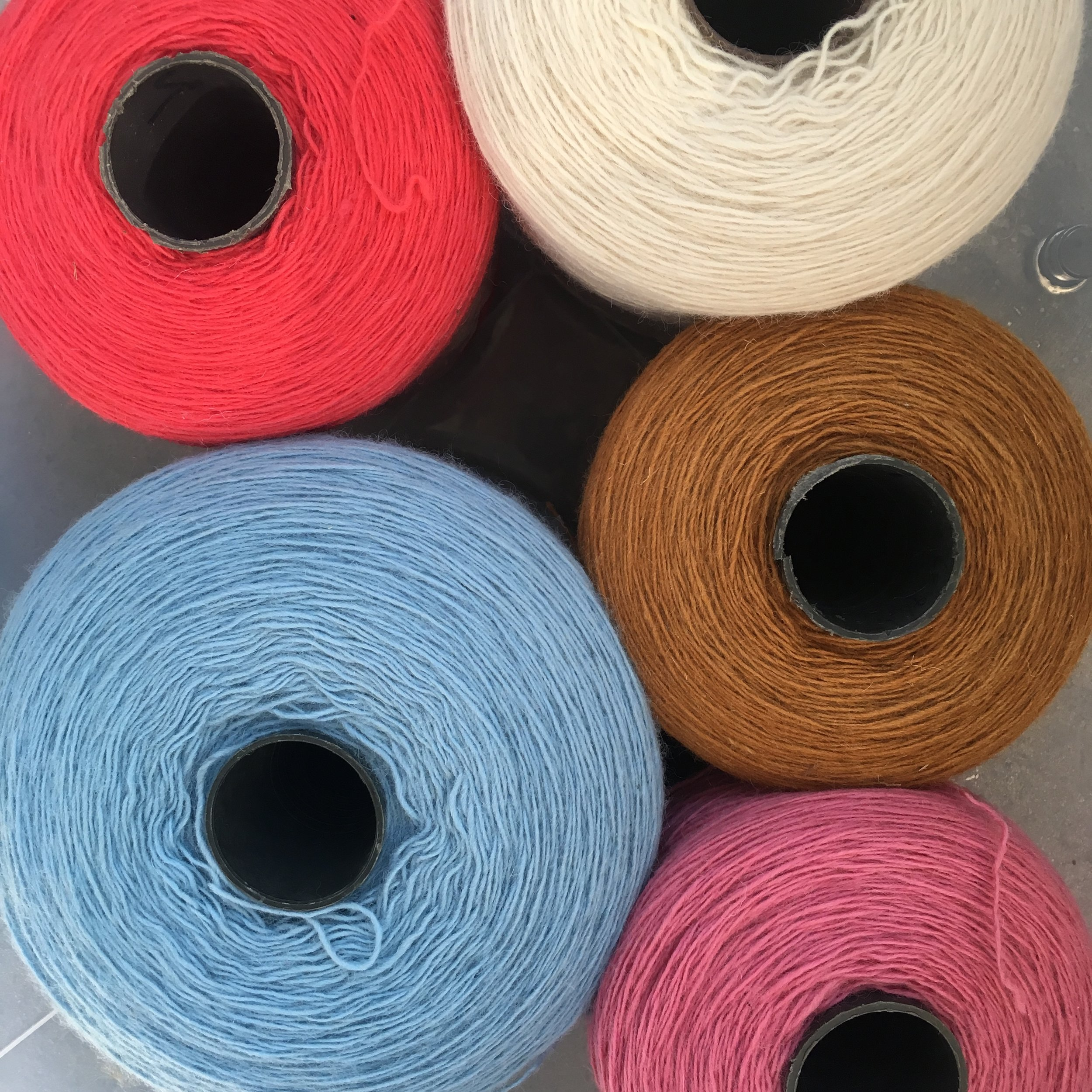 100% Wool Yarn 250+ Deluxe Color Collection - 17 6oz / 500g — TUFT LOVE