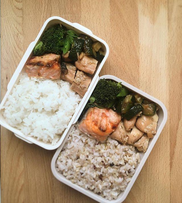 Broiled Shio Koji salmon is a biggest staple in kids' school bentos. . . #omega3 #healthyfood #cleaneating #dietitian #nutrition #bentobox #shiokoji #koji #japanesefood #麹 #塩麹 #kidslunchbox #schoollunch #grilledsalmon