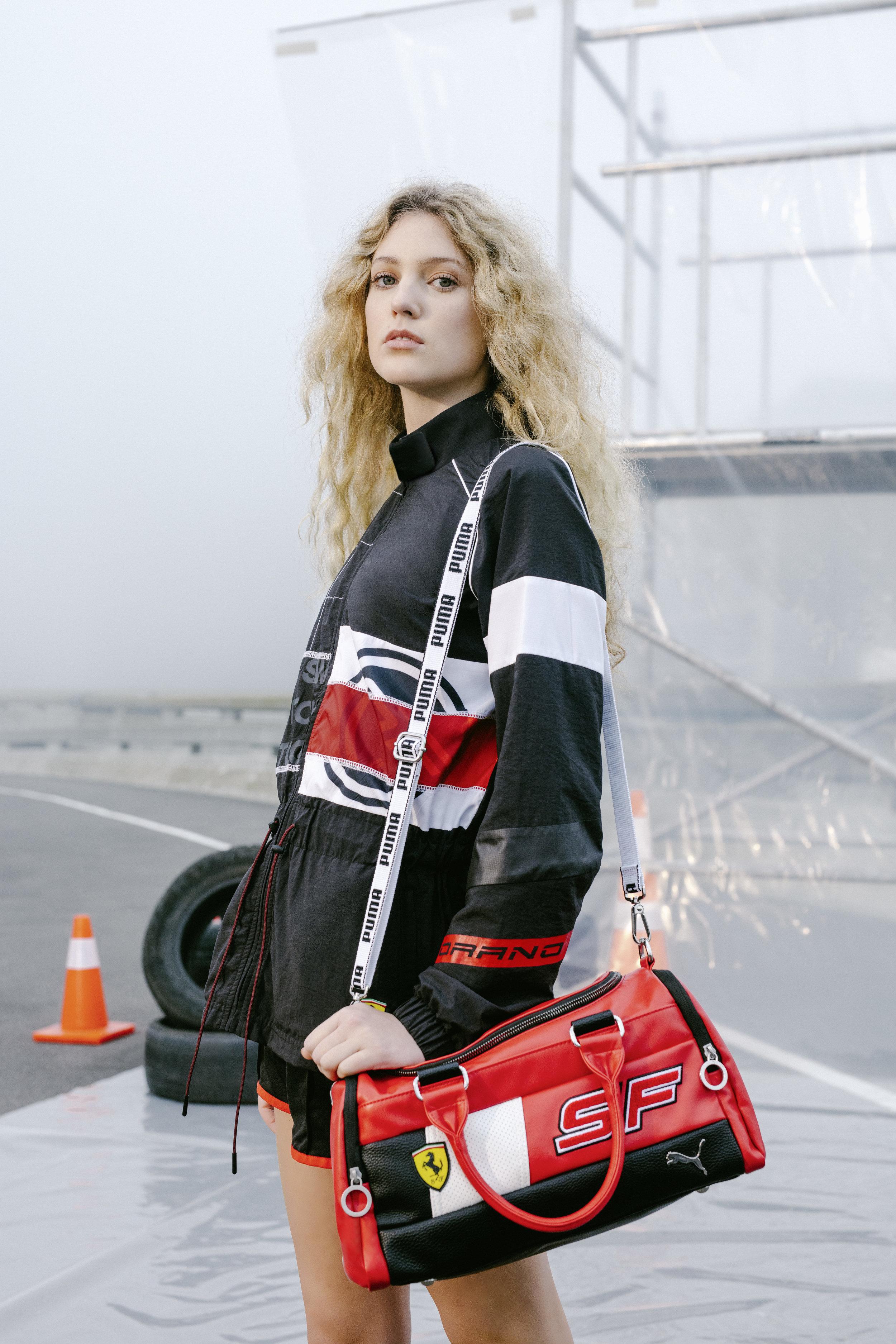 19SS_xMS_Ferrari_Fanwear_Female-Model-Jacket_00072_RGB.jpg