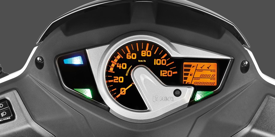 TABLERO - Un tablero combinado análogo y digital teniendo una presentación clara del rendimiento y desarrollo de nuestra moto.