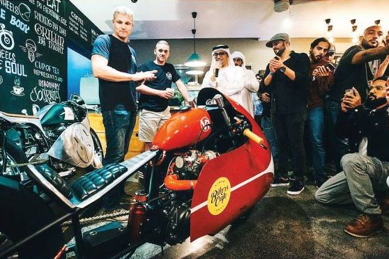 Hero-Xtreme-turbo-charged-wins-the-top-AWARD-at-Dubais-Biker-Cafe-build-off-challenge-558x372.jpg