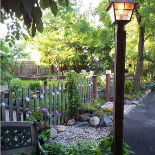 Spacious_Garden_3.jpg