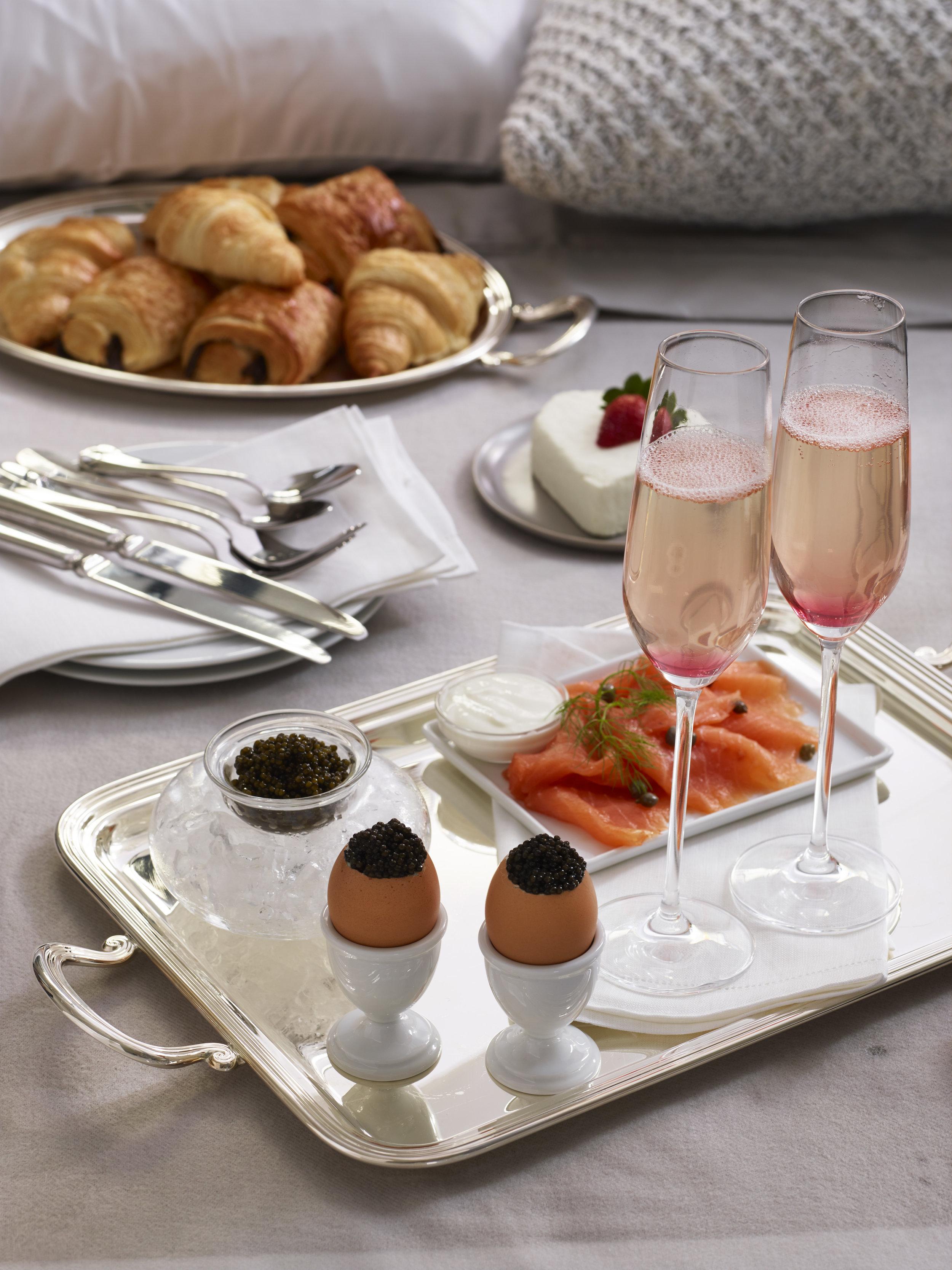 lux breakfast 1.jpg