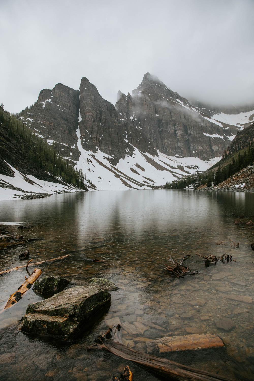 canada canadian best places tourism outdoor tourist hike travel guide explore  banff jasper  Lake agnes Tea House alberta lake louise moraine rocky mountains
