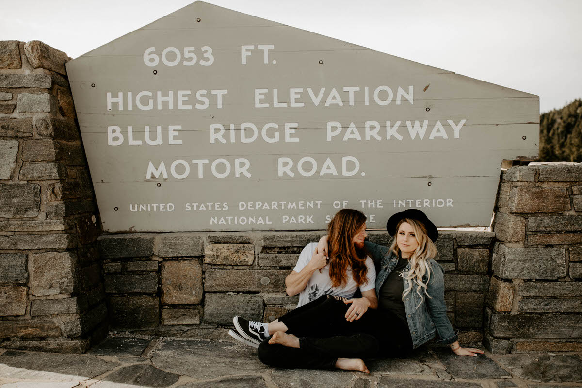 north carolina engagement photographer elopement couple adventure shelby robinson black balsam bald blue ridge parkway