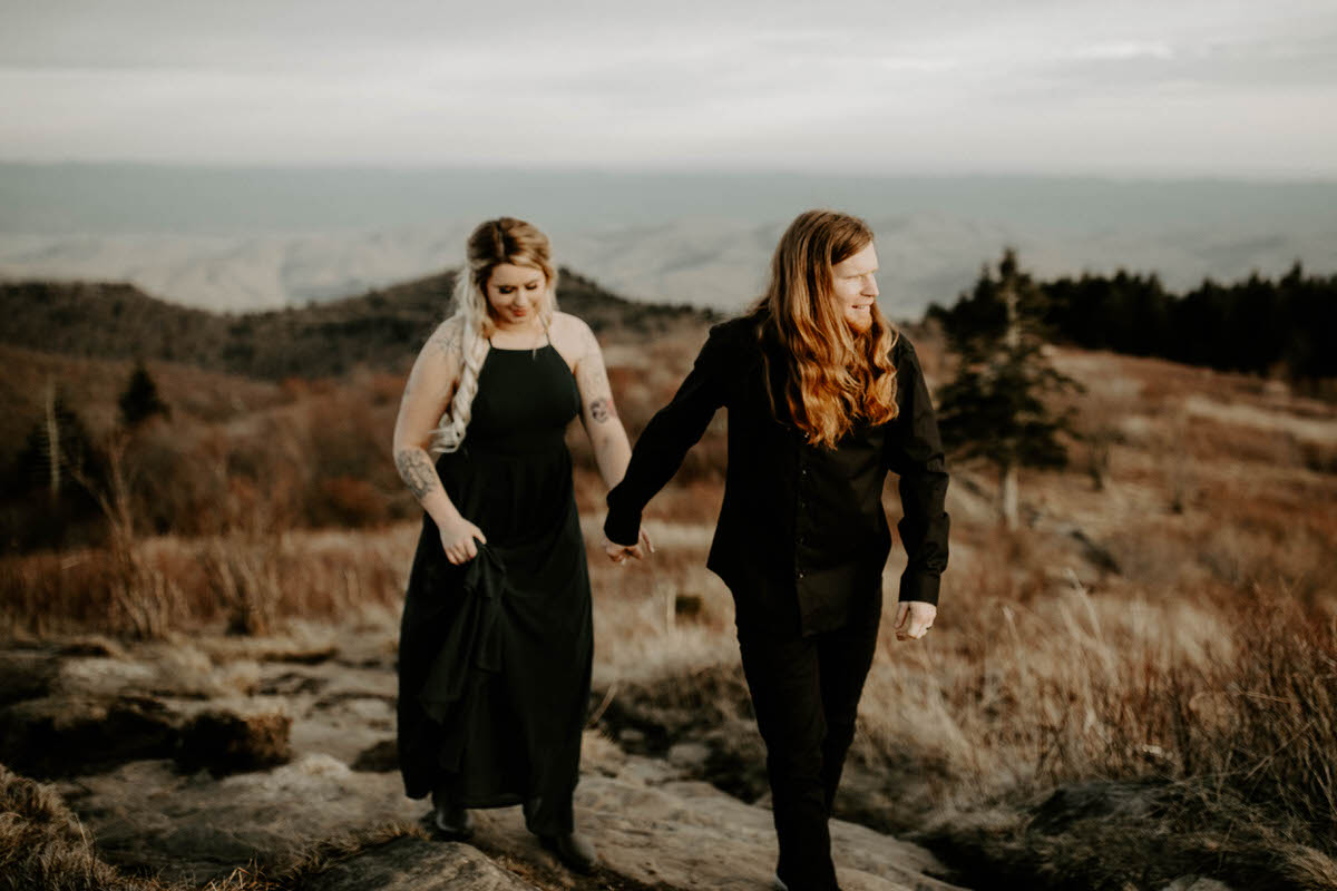 north carolina engagement photographer elopement couple adventure shelby robinson black balsam bald blue ridge parkway thistle wood photo