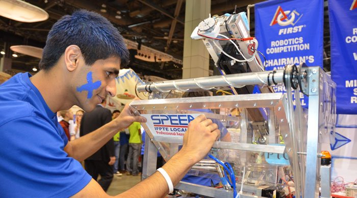 SPEEA sponsors robotics!