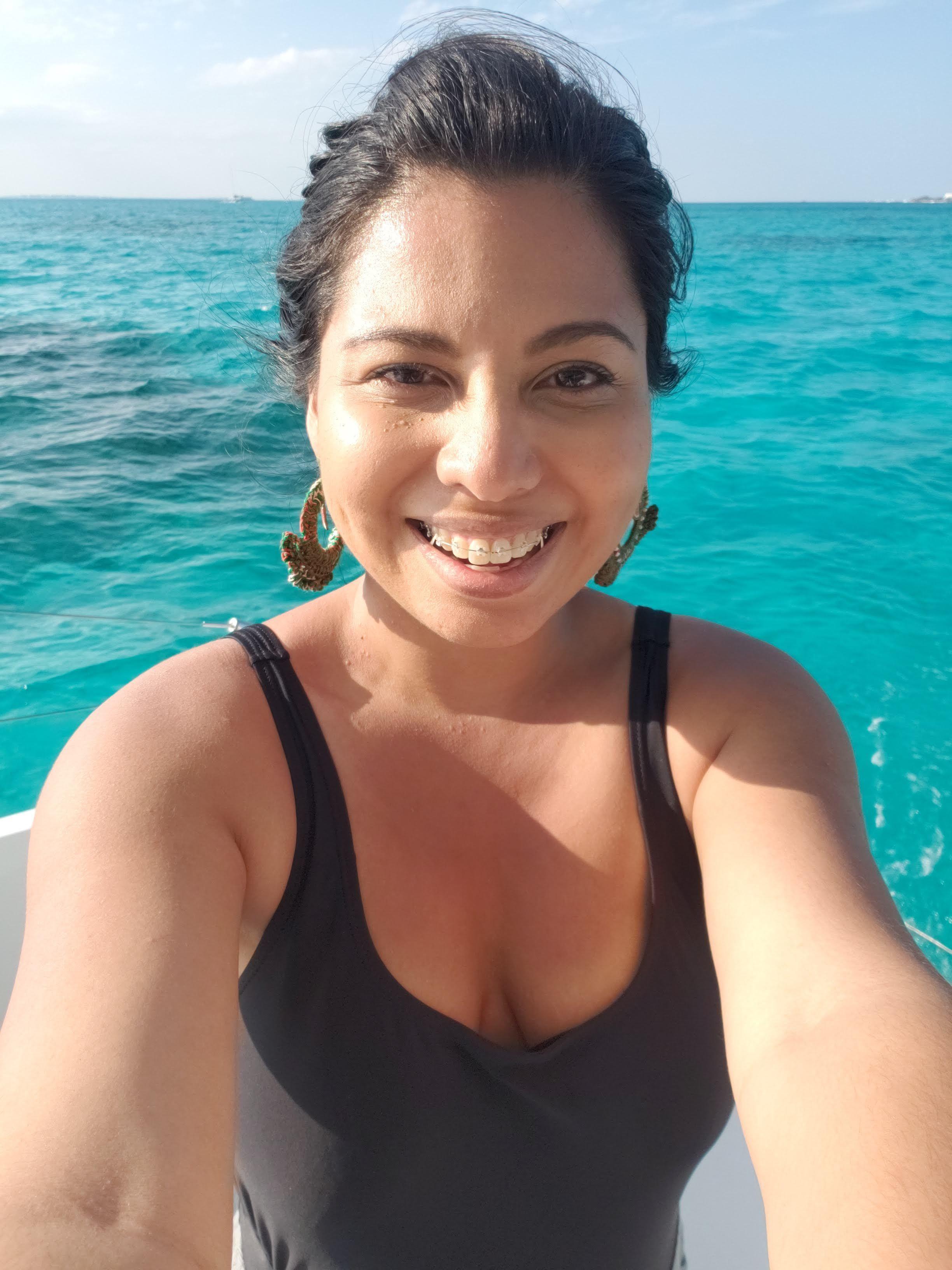 Foto sin ningún tipo de filtro en las aguas turquesas de Cancún, México.