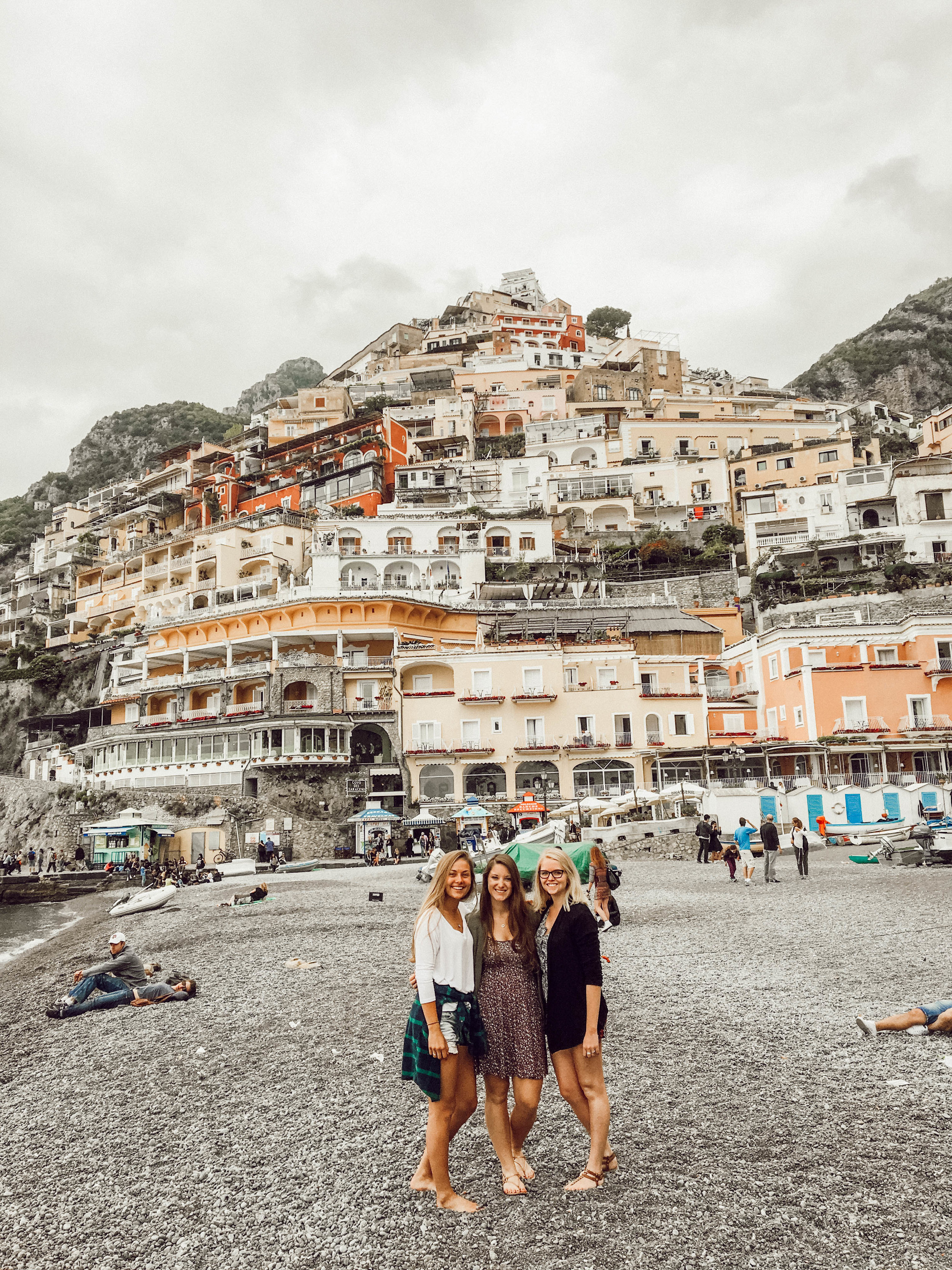 amalfi coast travel guide - Ahhh one of the most beautiful parts of Italy!! I'm sharing all my tips on where get the best limoncello, how to take a chairlift to the top and the top secret areas.