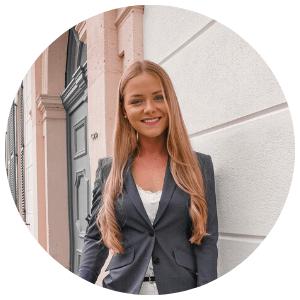 Finanz- und Buchbloggerin Celine Nadolny.png