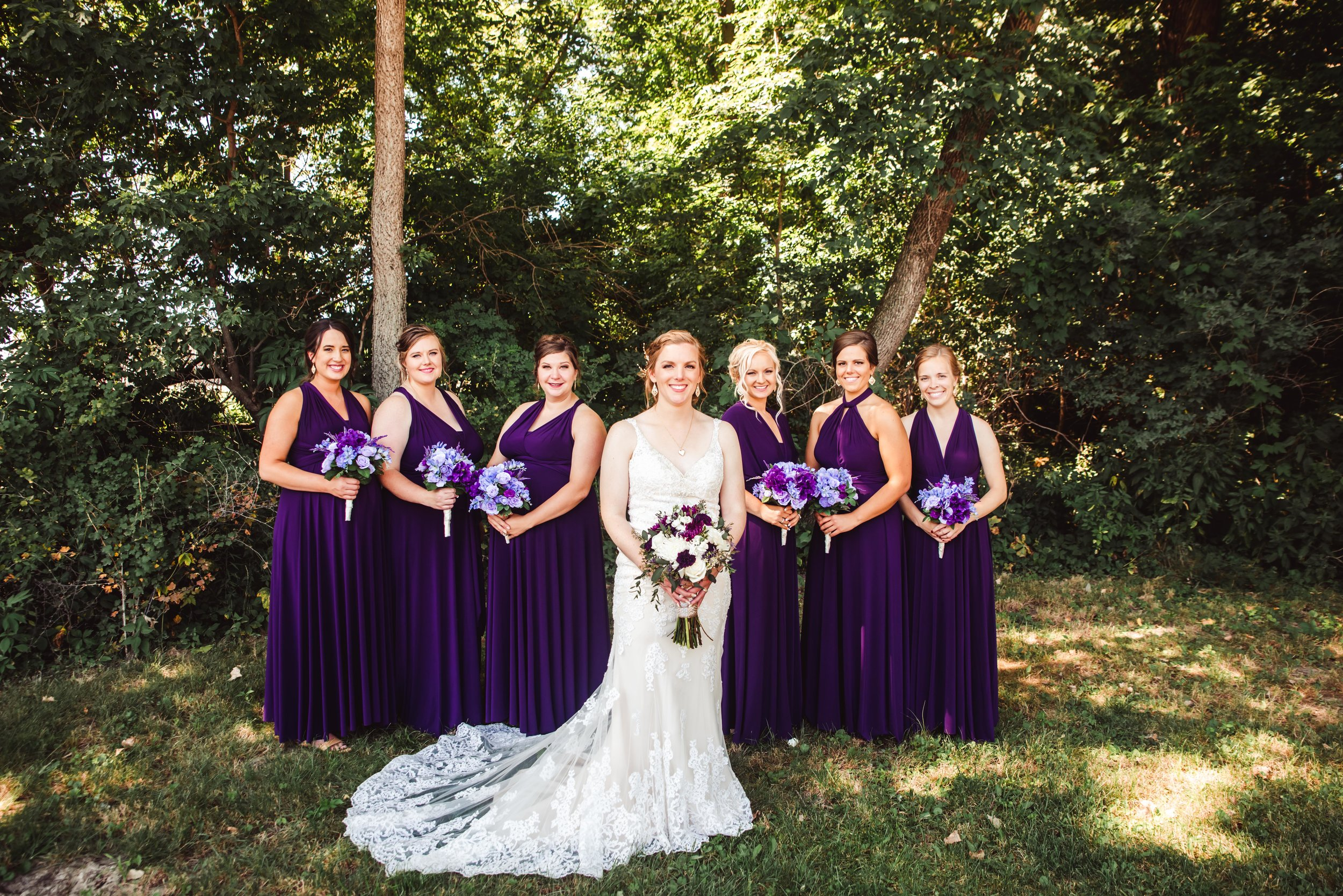 dang, this is a good looking bridal group!